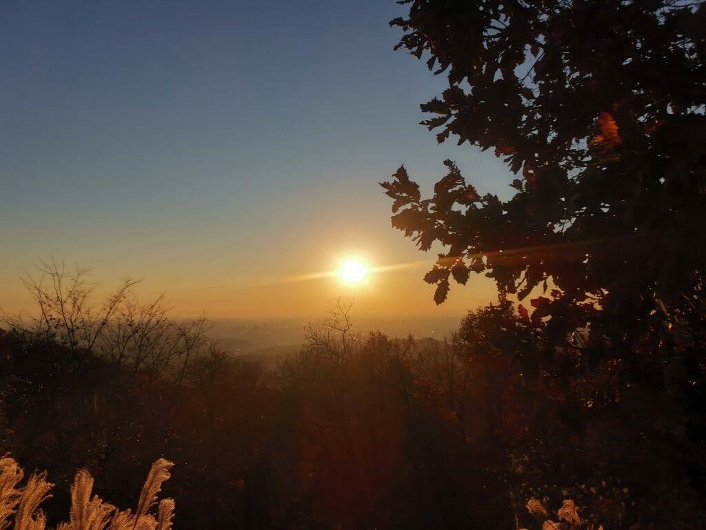 高尾山山頂の日の出で松果体活性化1