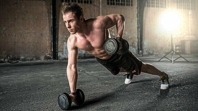 激しい運動は活性酸素を発生させ病気の原因となる